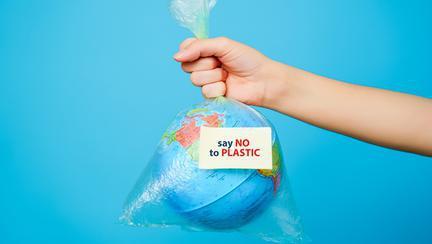 Cum înlocuim plasticul în viața de zi cu zi