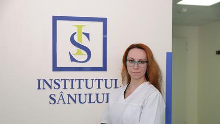 Dr. Andreea Meruță a efectuat în premieră construcția mamară cu matrice dermică acelulară din colagen porcin