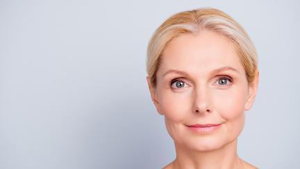 Cinci vitamine obligatorii după 60 de ani