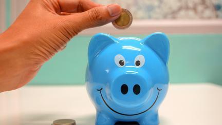 (P) 10 sfaturi simple pentru a reduce cheltuielile inutile