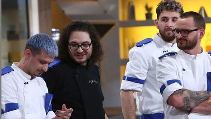 """Florin Dumitrescu, transformare totală de look: """"Nu ştiu de ce…"""". Cum arată acum celebrul chef?"""