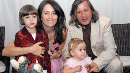 Cum arată fiica cea mare a Amaliei și a lui Ilie Năstase. Alessia are 18 ani și a părăsit România