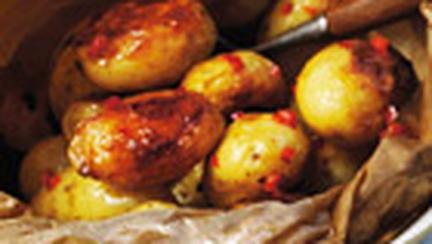 Cartofi copti cu chilli