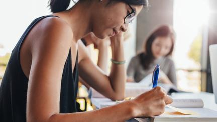 Schimbări importante pentru elevi! Admiterea la liceu se modifică în 2017