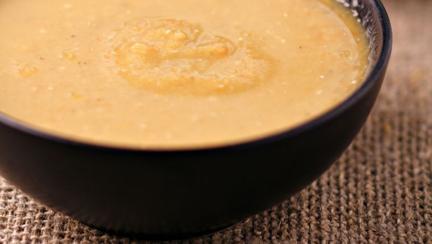 Reţetă de post: Supă de ciuperci cu sos de soia