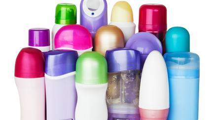 Diferența dintre deodorant și antiperspirant