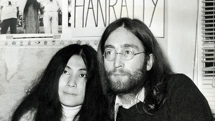 """Yoko Ono, soția lui John Lennon, a fost recunoscută drept coautor al melodiei """"Imagine"""", la 46 de ani de la lansare"""