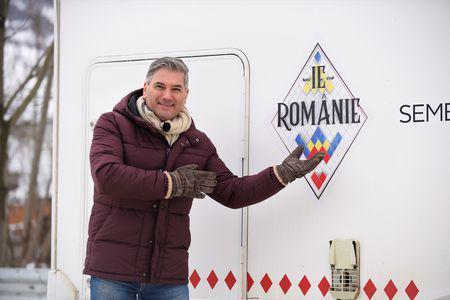 """Au început filmările pentru """"Ie, Românie"""". Mircea Radu, primit cu brațele deschise în Maramureș (2)"""