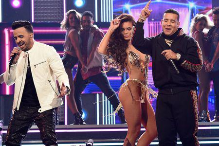 billboard-luis-daddy-yankee-a