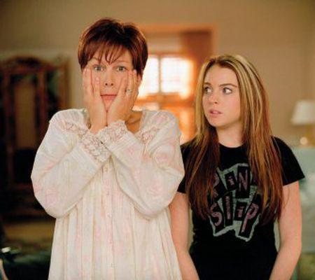 Vinerea trăsnită - Jamie Lee Curtis şi Lindsay Lohan