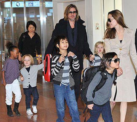 Brad Pitt este părintele strict din familia Pitt-Jolie