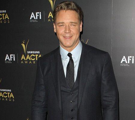Russell Crowe va fi Noe în filmul lui Darren Aronofsky