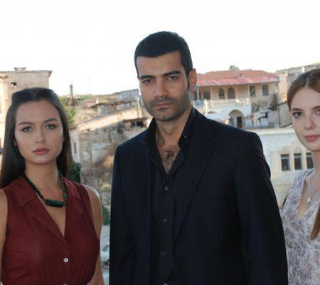 Intrigi şi seducţie, noul serial turcesc de la Acasă