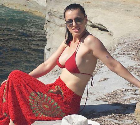 Livia Taloi (Trăsniţii) şi-a petrecut vacanţa în Corfu