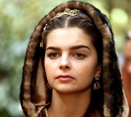Pelin Karanah - Mihrimah - fiica sultanului Suleyman