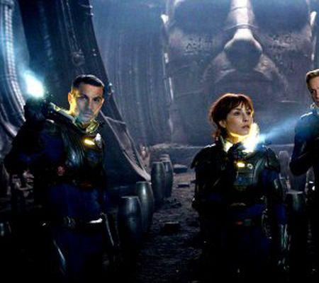 Prometheus - Logan Marshall-Green, Noomi Rapace şi Michael Fassbender