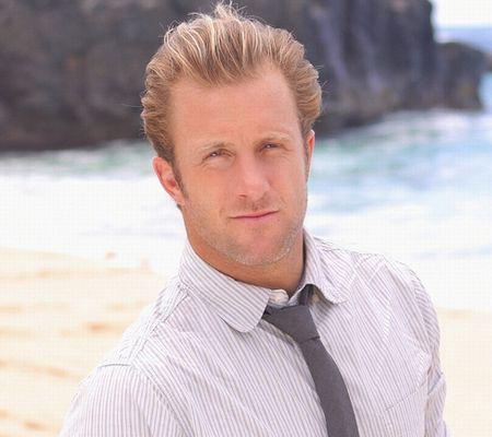 """""""Pilot"""" -- Scott Caan of the CBS pilot HAWAII FIVE-0. This photo is provided for use in conjunction with the TCA Summer Press Tour 2010.Photo: Mario Perez/CBS ©2010 CBS Broadcasting Inc. All Rights Reserved."""
