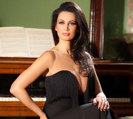 Nicoleta Luciu (4)