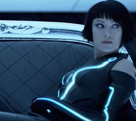 olivia-wilde-tron-legacy-couch