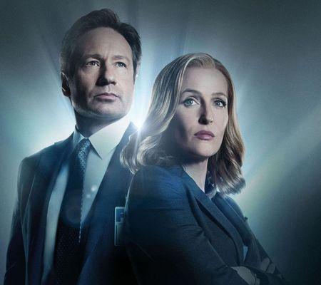 """E oficial! Serialul """"Dosarele X"""" va continua cu un nou sezon"""