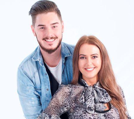"""Noi concurenți pe """"Insula iubirii"""" Nicoleta și Cătălin vin pe """"Insulă"""" începând cu ediția din seara aceasta"""