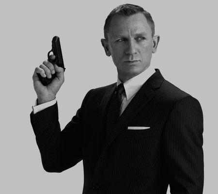Daniel Craig a acceptat să joace din nou rolul lui James Bond. Care au fost condițiile