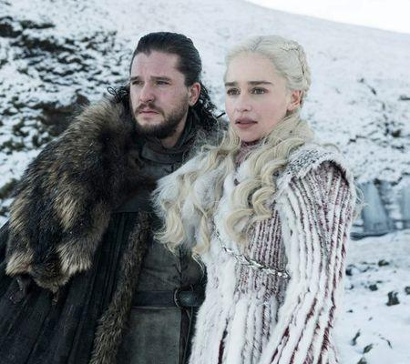 jon-snow-daenerys-targaryen-game-of-thrones-800x534