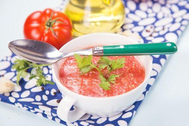 Supă-cremă de roşii (de post)