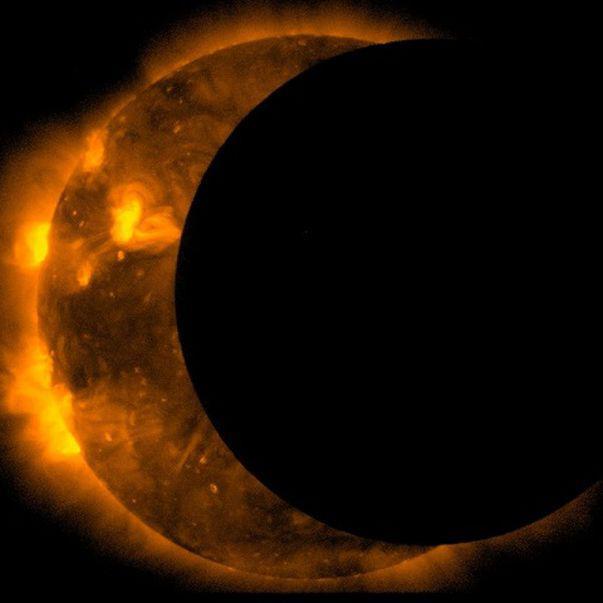 Luna sângerie prezice evenimente care vor schimba lumea