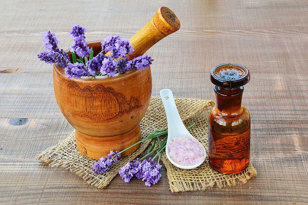Uleiurile naturale, secretul pielii frumoase