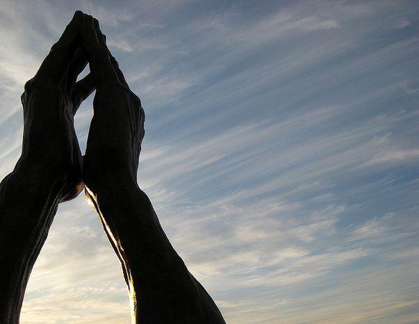 Fecioara de la Lourdes înfăptuiește miracole oriunde în lume