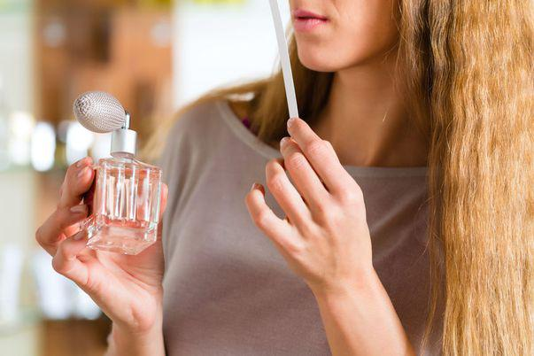 5 reguli când alegi un parfum