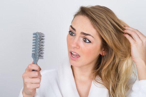 oprește căderea părului