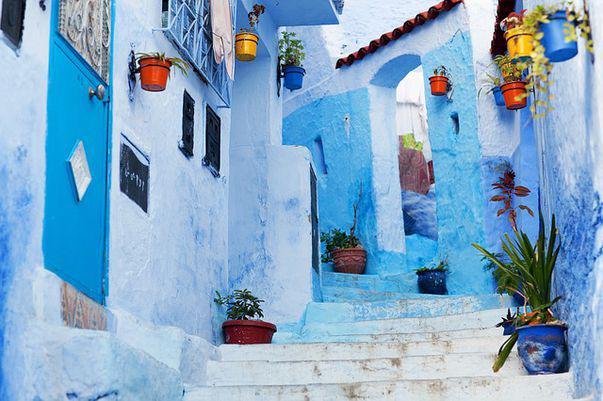 Orașul albastru din Maroc Chefchaouen amintește de desenele cu ștrumfi