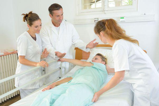 Cum te îmbolnăvești în spital