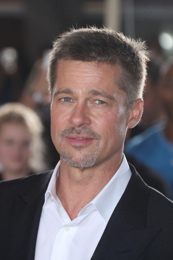 "Revista americană ""In Touch"" anunță că Brad Pitt va deveni tătic"