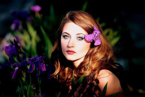 Culori de păr pentru ochii albaștri. Cu ce culoare îți stă bine