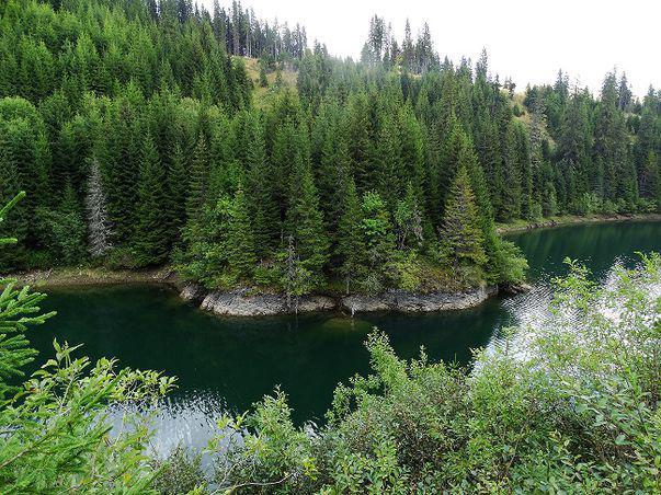 5 dintre cele mai frumoase și inedite lacuri din România