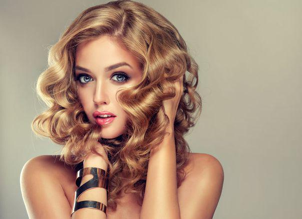 8 lucruri de care să ții cont înainte să-ți vopsești părul