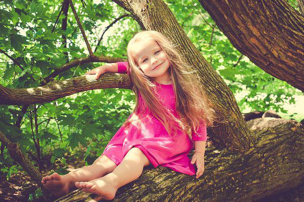 Îți lași sau nu copilul în tabără? Ce spune psihologul