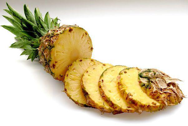 Ananasul te ajută la slăbit și face digestia mai ușoară