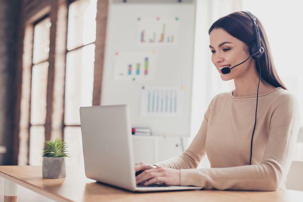 5 joburi part time ce pot fi transformate în locuri de muncă full time