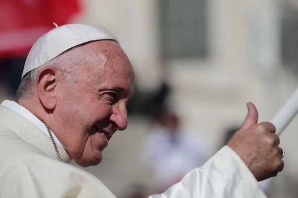 Cum a fost surprins papa Francisc, după ce s-a zvonit că ar fi fost infectat cu coronavirus
