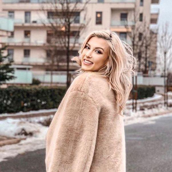 Andreea Balan insarcinata in 8 luni