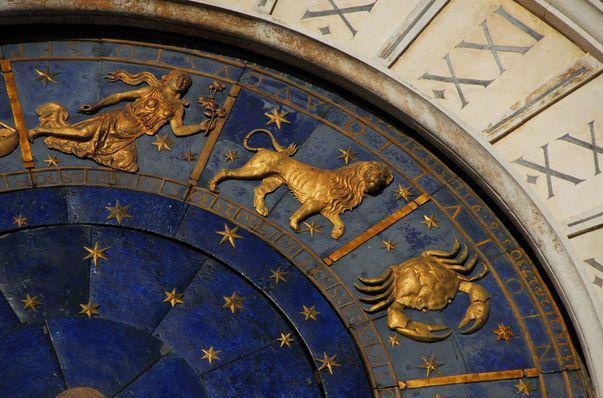 Horoscopul lunii aprilie. Ce anunță astrele pentru fiecare zodie
