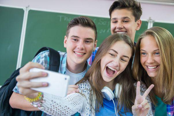 Ce vor adolescenții