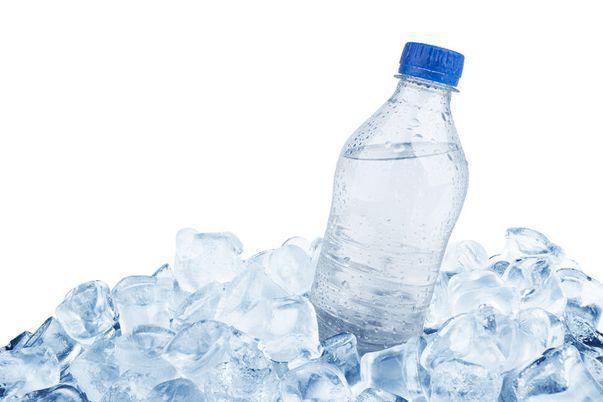 Câteva utilizări ingenioase ale cuburilor de gheață