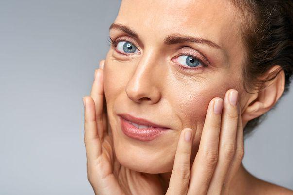 Ai tenul ridat? Încearcă tratamente cosmetice din ingrediente naturale!