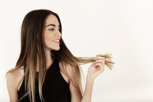 (P) Cum să previi căderea părului?