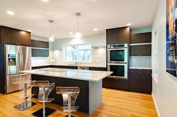 4 aspecte pe care trebuie să le ai în vedere atunci când cumperi mobilierul de bucătărie